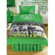 Celtic Fc Valance Sheet 'The Huddle' Design Fitted